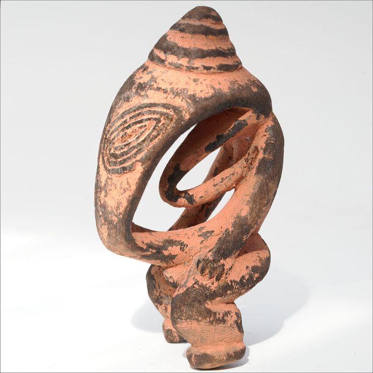 PNG Lower Sepik River Power Figure Amulet - Papua New Guinea Carving