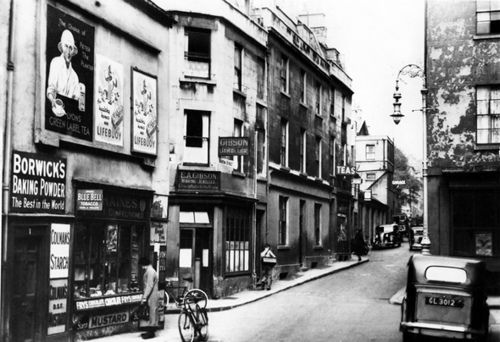 Barton Street looking towards Queen Square 1935 ... all of the left hand side demolished 1963/4.
