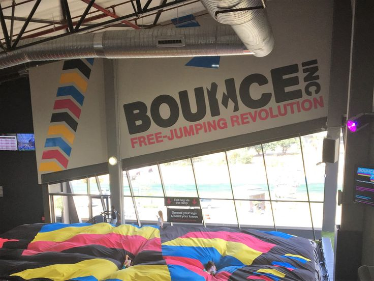 Last Sunday we took the kids to Bounce at Menlyn Main Central Square in Pretoria. It is a trampoline park, and to say the girls had a ball is an understatement.