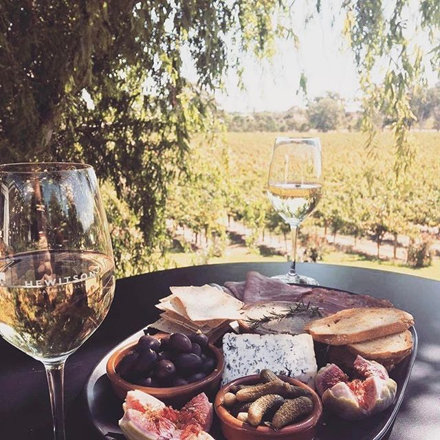 Sunday is sorted! Views, deliciousness on a platter and all the wine! Hit up the recently opened @hewitsonwines for all this and more.
