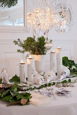 Christmas table - white and green & 21 best Christmas Dining \u0026 Decor images on Pinterest | Cabinet ...