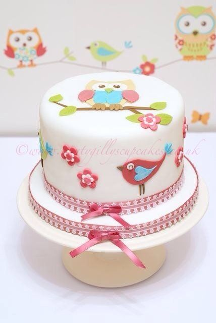 Twit Twoo - by AuntyGilly @ CakesDecor.com - cake decorating website