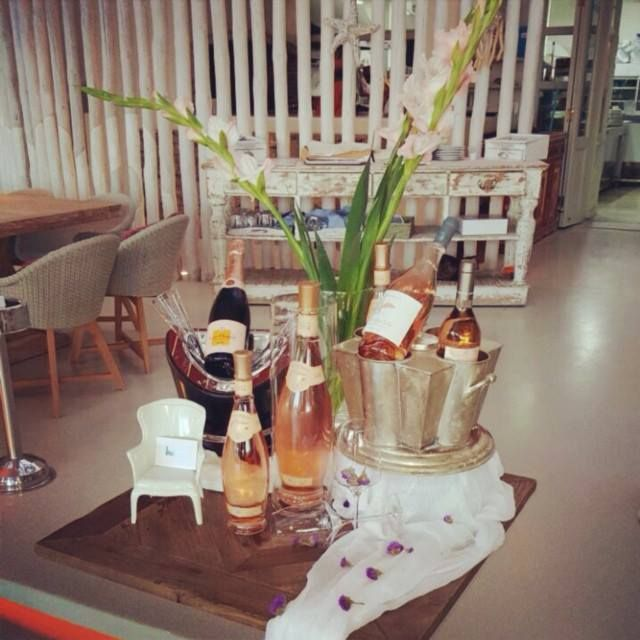 #Great #love affairs start with #fine #Champagne...   #veuve #domaineott #saumon #whisperingangel #rose #wine #vintage #Mykonos #Greece #kaluamykonos #kingofchampagne