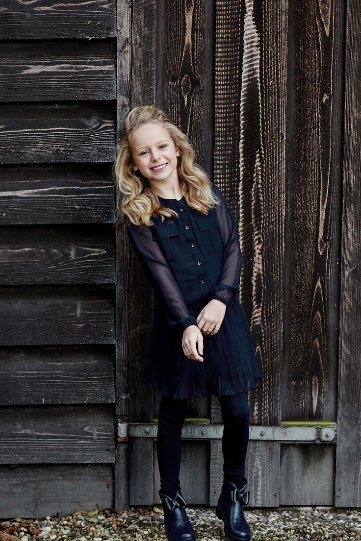 http://www.bakerbridge.eu/meiden-jurk-dranella-donkerblauw-polyester-plisse.html #prettygirl #dress #Dranella #darkblue Winter 2015 meiden jurkje