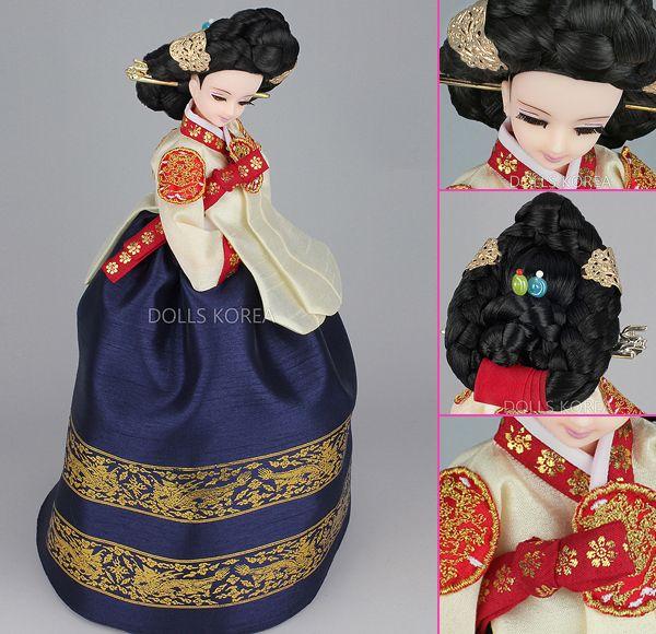 Korean Doll Wearing #Hanbok - 중전당의