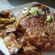 Fotografie receptu: Vepřová kýta na cibuli
