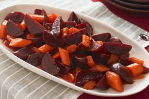"""ROASTED BEETS AND CARROTS RECIPE: ~ From: """"Kraft Kitchens.Com"""" ~ Recipe Furnished By """"KRAFT KITCHENS.COM"""".~ Posted On: November 19, 2013 ~ Prep.Time: 15 min; Total Time: 1 hr, 45 min; Yield: (10 servings). *** The beets can be roasted and peeled in advance. Store in refrigerator up to 3 days before cutting into wedges and baking with carrots as directed."""