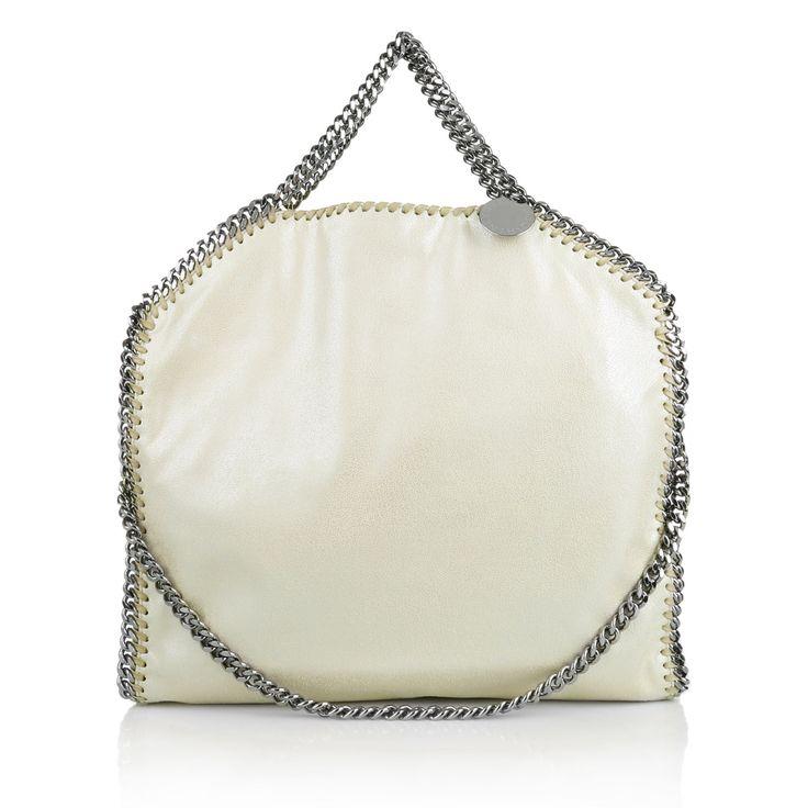 Eine Falabella von Stella McCartney ist in diesem Sommer das Must-Have www.fashionette.de