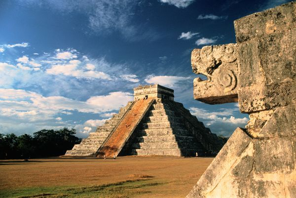 Chichén Itzá is possibly the most famous temple city of the Mayas, a pre-Columbian civilization that lived in present day Central America. It was the political and religious center of Maya civilization during the period from A.D. 750 to 1200.