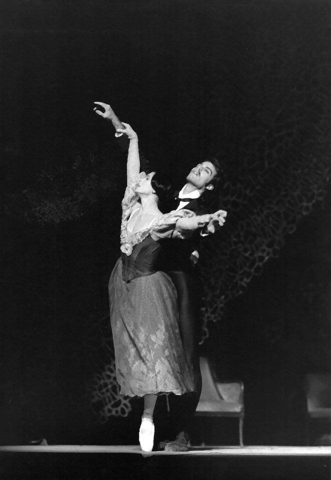 Paul Chalmer answers the Gramilano Questionnaire… Dancers' Edition - Paul Chalmer with Elisabetta Terabust in Onegin - London Festival Ballet