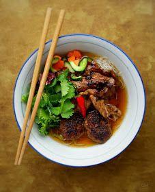 DOMA navařeno: Bun Cha - grilované vepřové s nudlemi