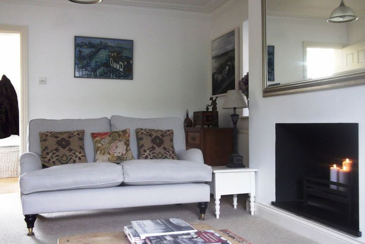 Sally's Bluebell sofa in Taupe brushed linen cotton looking cosy in Essex #wherearetheynow