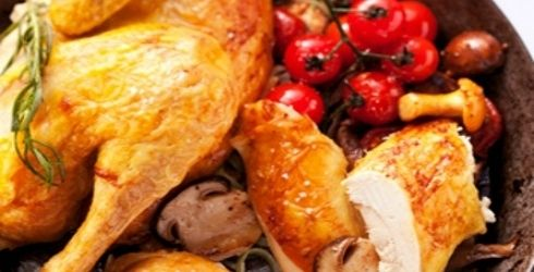 POLLO alla fiorentina  Si tratta di un secondo piatto adatto sia per il pranzo che per la cena, che può essere sicuramente apprezzato da grandi e piccini! Può essere accompagnata con spinaci, patate arrosto o altre verdure di vostro gradimento.