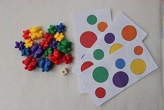 tris de couleurs et formes ( 2 critères )