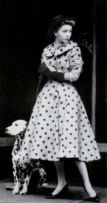 Polka dots #1950sfashion #1950sclothing #1950sdress