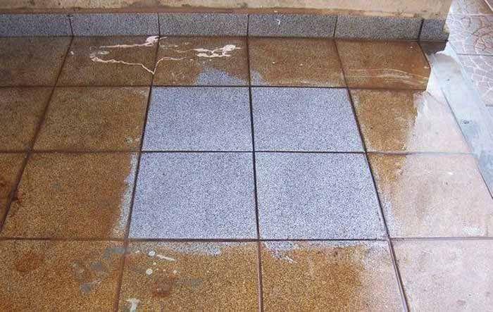 Clareando o piso encardido