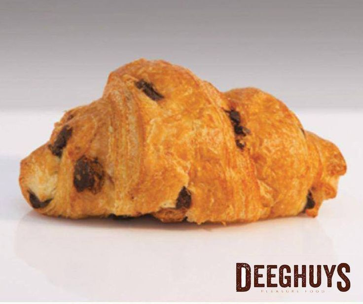 Enjoy your mornings with freshly baked chocolate croissants from #DeeghuysGeorge! Visit us at the #GardenRouteMall today. #Croissants #PleasureFood