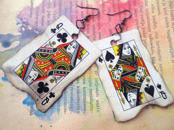 * Showy, but light, playing card earrings.  * Made of miniatyre playing cards.  * Unique, only one pair available. Ever.  * Dimensios: 6cm x 4,5 cm / 2,3 x 1,7 inches  Shipping is included in the price.
