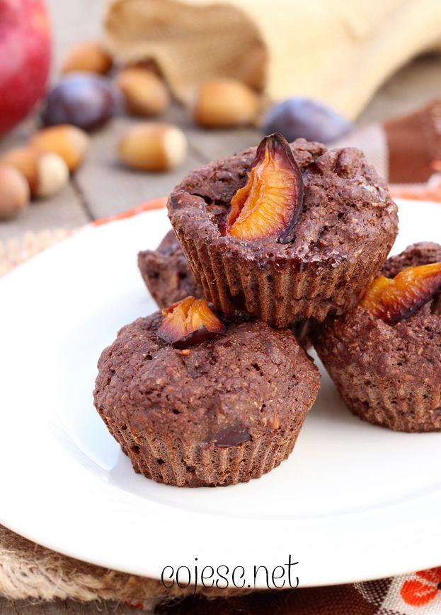 Kakaowe babeczki z węgierkami   Zdrowe Przepisy Pauliny Styś