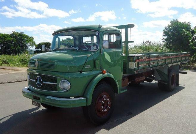Mercedes-Benz L-1111