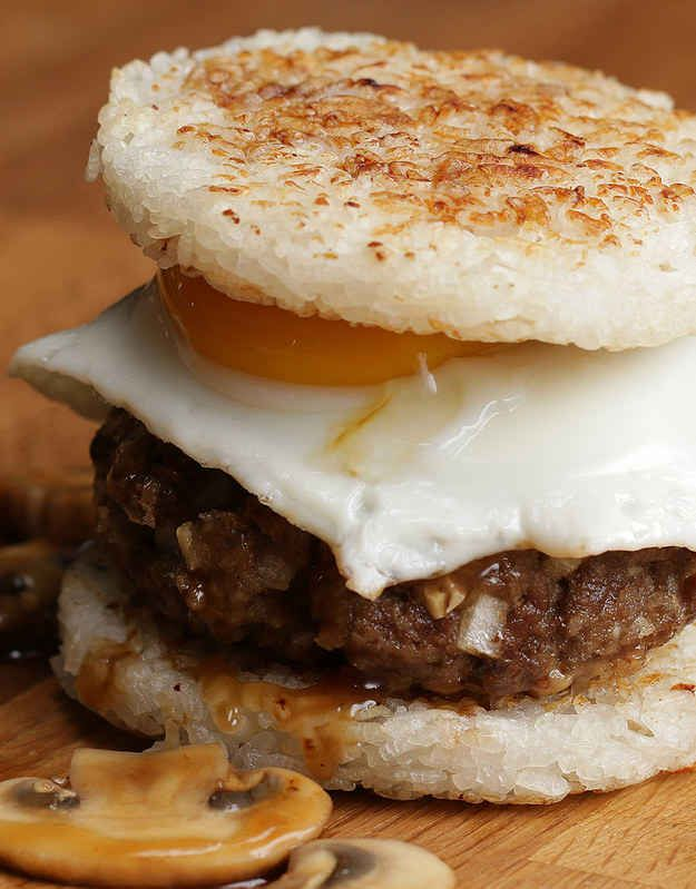 Get All Hawaiian And Try This Amazing Loco Moco Rice Burger