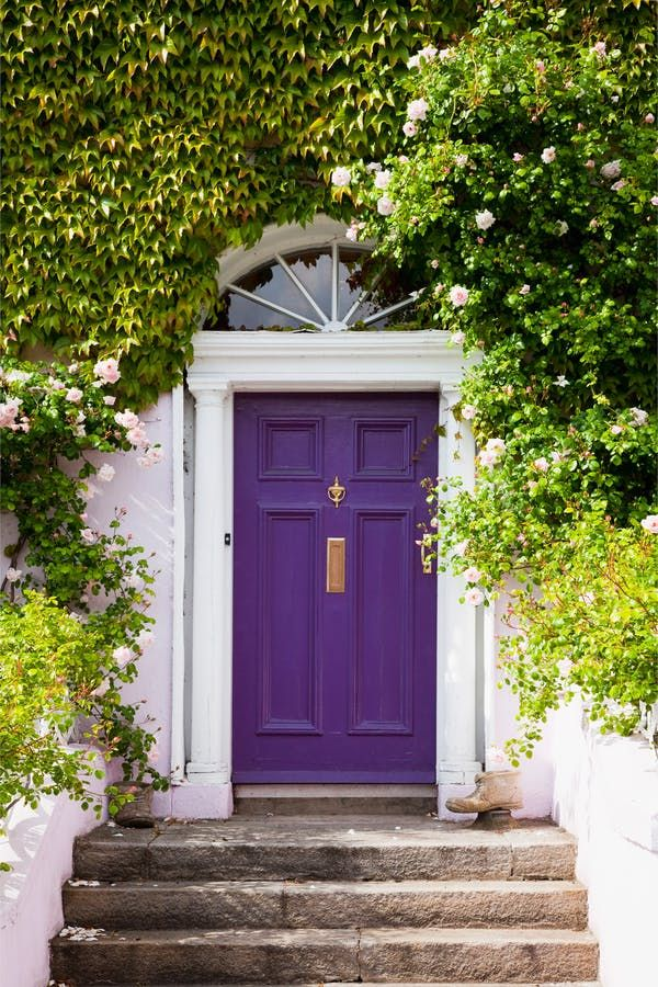 In case you missed it, Benjamin Moore announced its Color of the Year for 2017. Shadow 2117-30, a deep purple that can lean more toward a smokey charcoal or a lighter violet depending on the light, came out on top for the paint brand