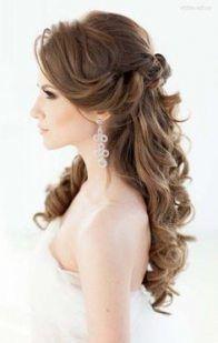 31+ Trendy Hairstyles Elegant Half Up Curls