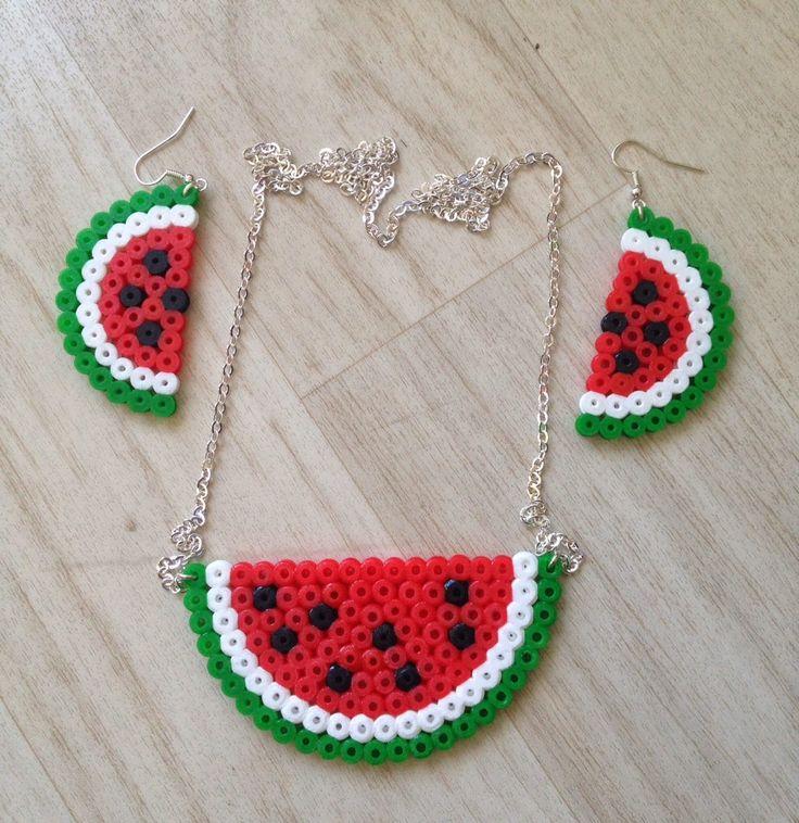 Happytime : DIY // Une parure pastèque en perle hama