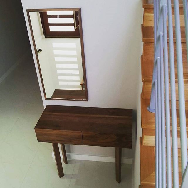 Walnut hall table #welldoneperth #welldoneperthcabinets # #churchlands # interiors #hallconsole # woodworking  #timber #minimal #bespoke # handcrafted #madeinaustralia