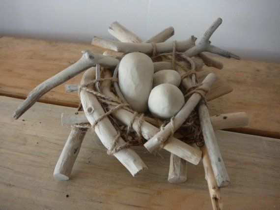 wood nest - if only I had the driftwood I could make this