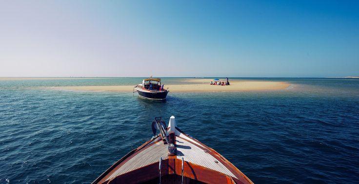 Pinasses sur le Bassin d'Arcachon  .  #flashesofdelight #islandhopping #ig_masterpiece #beachvibes #mytinyatlas #beachy #aroundtheworldpix #theglobewanderer #theprettycities #exploringtheglobe #travelog #instatravel #roamtheplanet #awesome_earthpix #travelog #artofvisuals #flashesofdelight #thecreative #ig_masterpiece  #france_vacations #wu_france #france_photolovers #unlimitedfrance #exclusive_france #super_france #iphoneography #iphoneonly #iphonesia #iphoneography