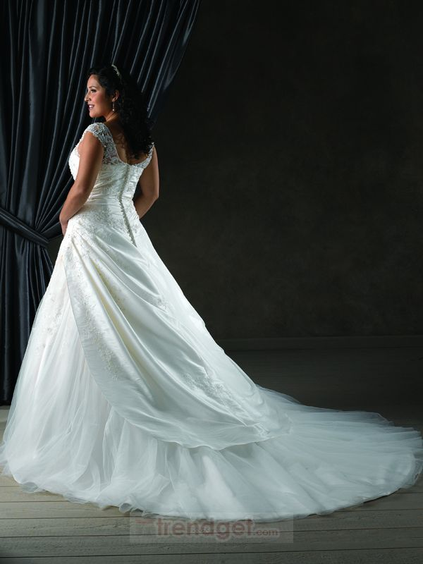 37 best images about plus sized wedding dress ideas on for Plus size hawaiian wedding dresses