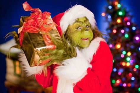 Why Somatic Narcissists pretend to celebrate holidays like Christmas Written By: Plato's Stunt Double on December 18, 2015 Posted in: This Just In, Holidays and Birthdays