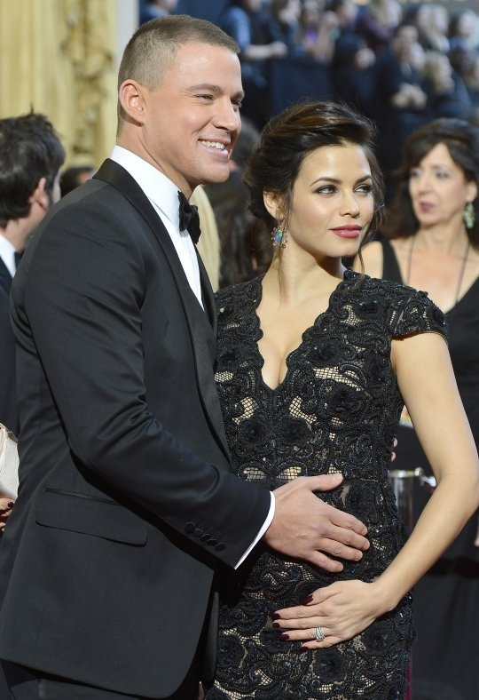 2013 Oscars Red Carpet: Channing Tatum & Jenna Dewan Show Off Their Lovely Baby Bump!