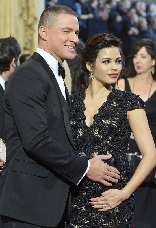 2013 Oscars Red Carpet: Channing Tatum & Jenna Dewan Show Off Their Lovely Baby Bump!
