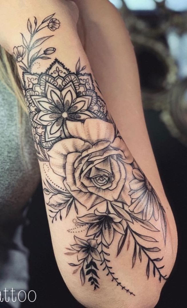 75 photos of female tattoos on her arm Photos #SunflowerTattoo 75 pictures #t … #flowertattoos