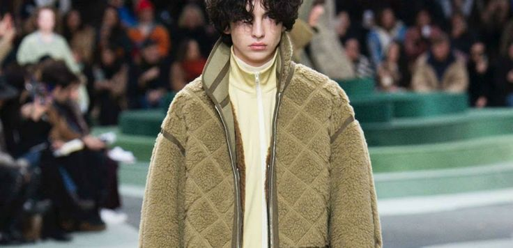La colección otoño/invierno 2018 de Lacoste fue presentada por Felipe Oliveira Baptista durante el Paris Fashion Week. #2018 #fashion #felipeoliveirabaptista #hombre #invierno #Lacoste #men #moda #otoño #style