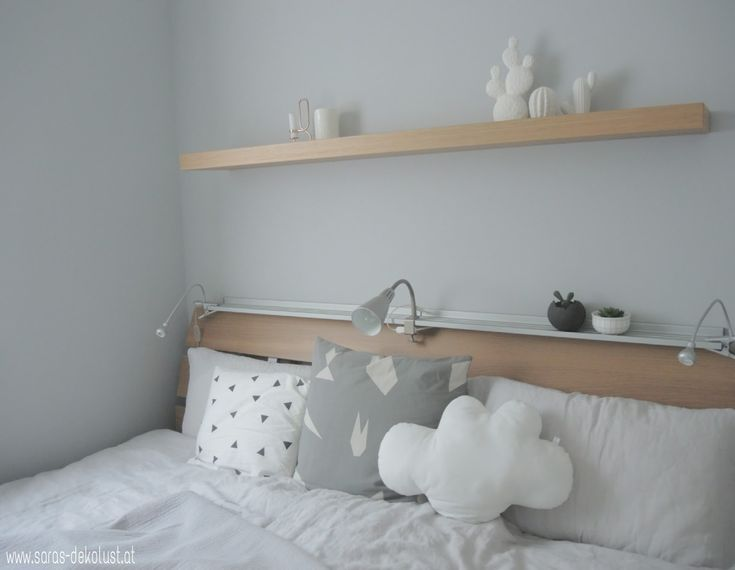 Calm bedroom
