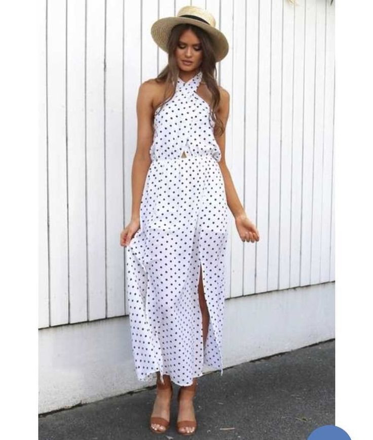 Petal and Pup Maxi Dress. Size 10. Cute maxi dress with 2 slits up the side of each leg. Lined with a skirt underneath