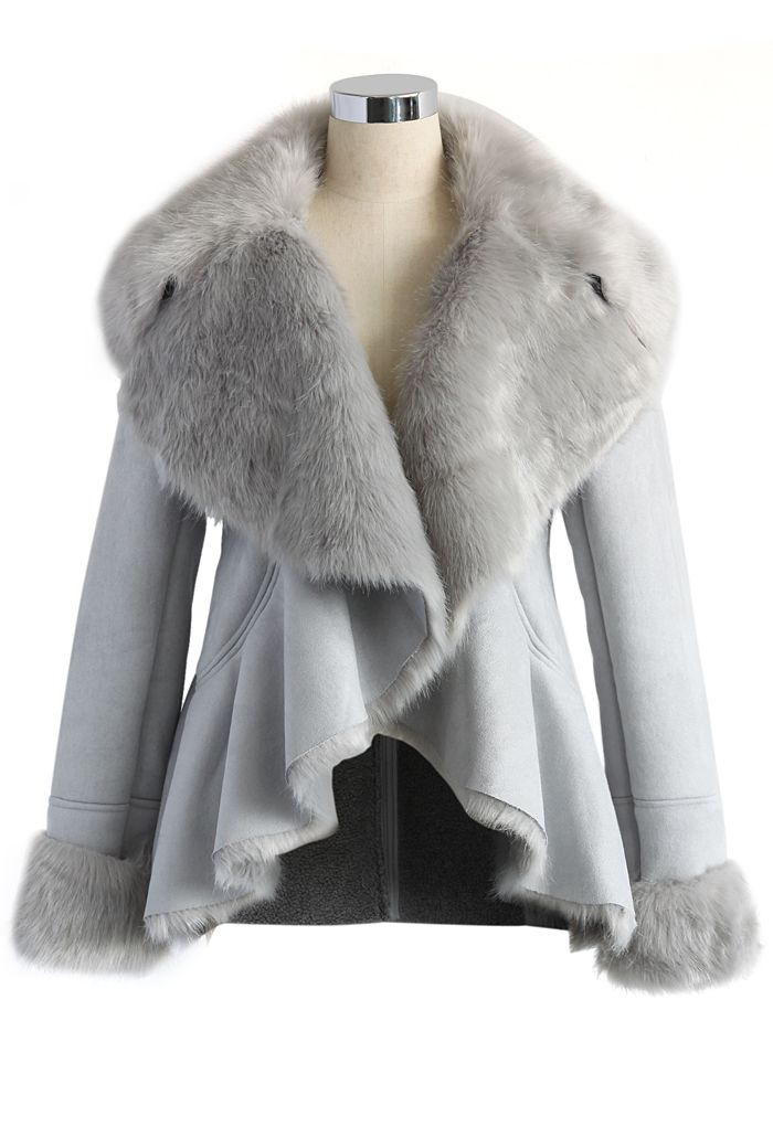 Luxurious Faux Fur Coat in Ash - Your fancy style is always the center of attention, so sporting this luxurious ash coat to be the star of the evening only makes sense! Boasting a wide turn-down collar with fur lining, a peplum hem, essential side pockets and furry folded cuffs, this warm layer combines luxury and panache as glamorously as can be.