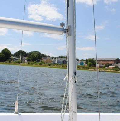Your Guide to Sailing a Small Sailboat: The Halyards