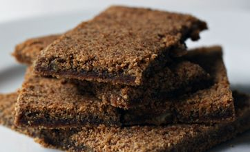 http://mccollmagazine.com/index.php/food-reviews-recipes/92-grasmere-gingerbread