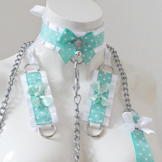 Kitten play collar leash and cuffs  Mint icy dot  by Nekollars