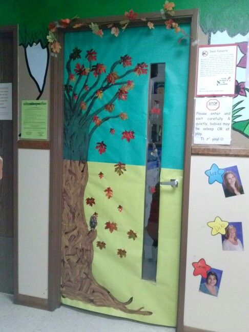 16 best penguin theme classroom images on pinterest door for Autumn classroom decoration