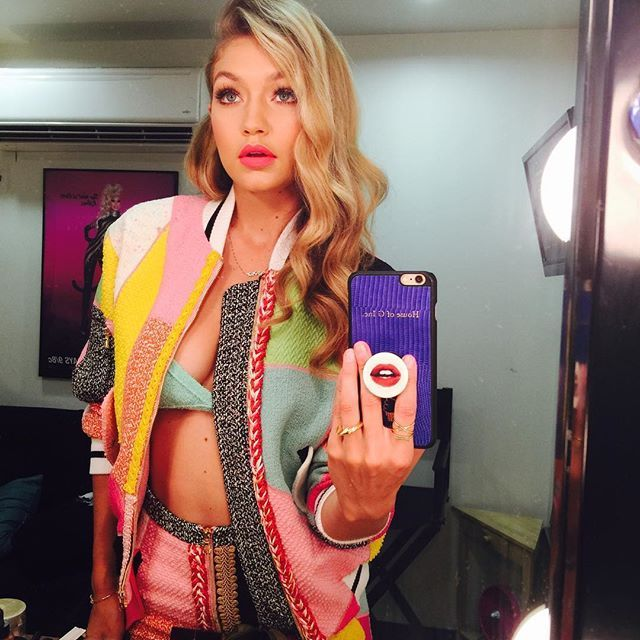 Pin for Later: The 34 Hottest Selfies of 2016 — So Far! Gigi Hadid