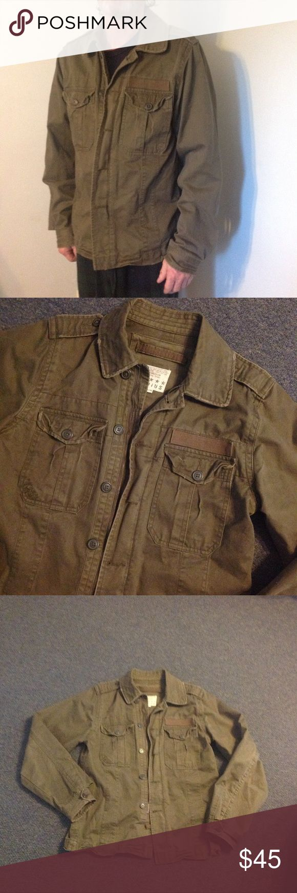 "Vintage Army Field Utility Jacket M Very nice Vintage style Army Field Jacket. Zips up with buttons over top. Marked size Medium. Runs big - could fit a Large. Great condition. Chest 43"" Length 28"" Radius Jackets & Coats"