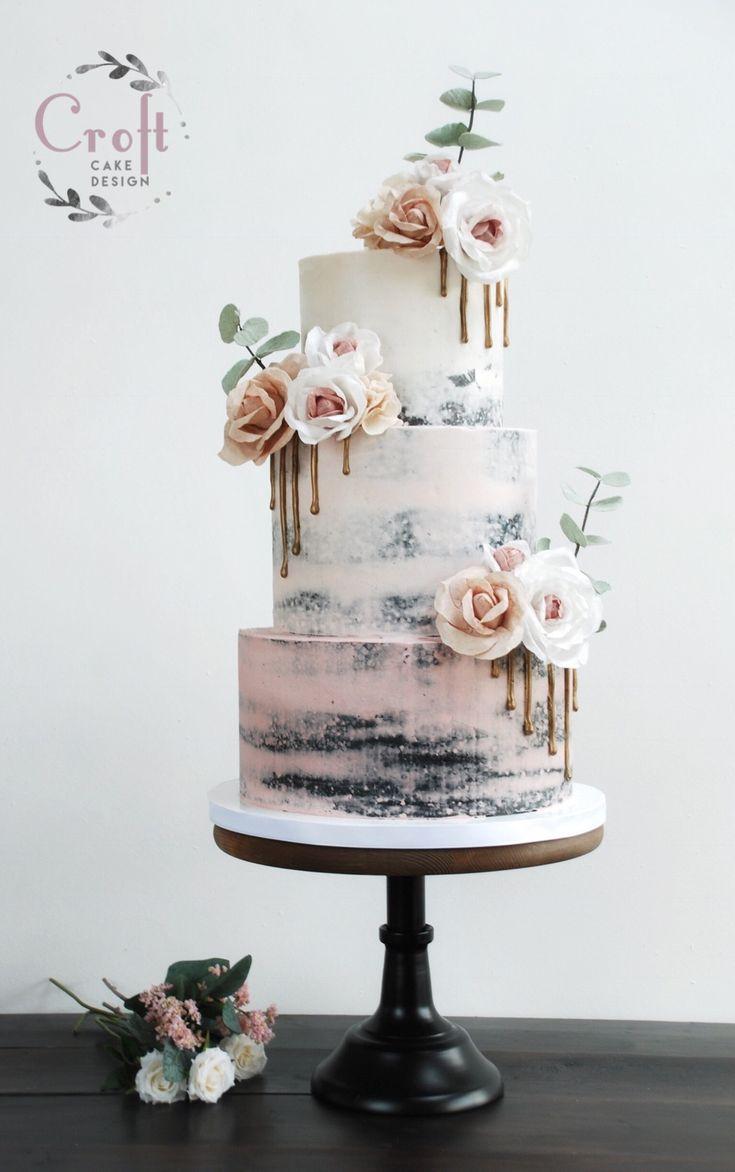Halbnackte Hochzeitstorte mit rosa Ombré-Buttercreme, Waffelpapierblüten …   – Hochzeitstorte