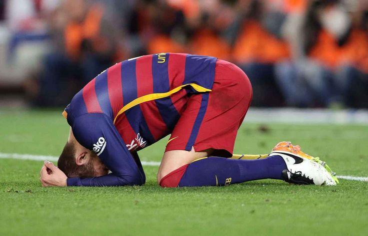 Si le Barça dégringole, c'est surtout à cause de Periscope - Le club catalan va mal et s'inquiète de plus en plus de l'activité de certains de ses joueurs sur Internet… [Gerard Piqué commence à agacer ses dirigeants avec ses nombreux Periscope sur la vie du vestiaire barcelonais - Bagu Blanco/BPI/Shutter/SIPA].