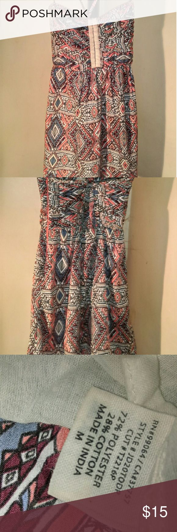 Sz med Aztec print dress by BillaBong Sz med Aztec print dress by BillaBong.dress if fully lined. Billabong Dresses