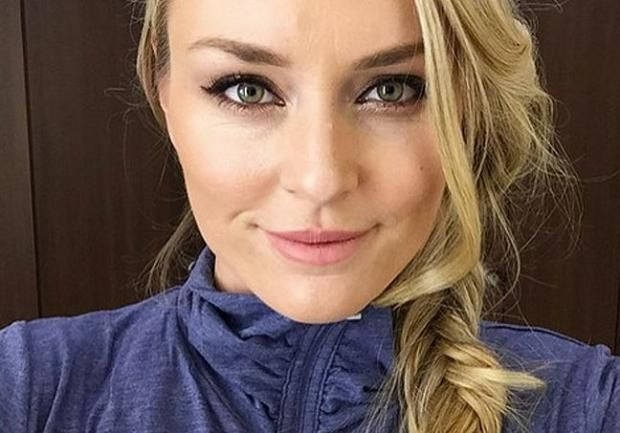Американская чемпионка показала себя топлес стоя на голове https://joinfo.ua/sport/1203506_Amerikanskaya-chempionka-pokazala-toples-stoya.html {{AutoHashTags}}